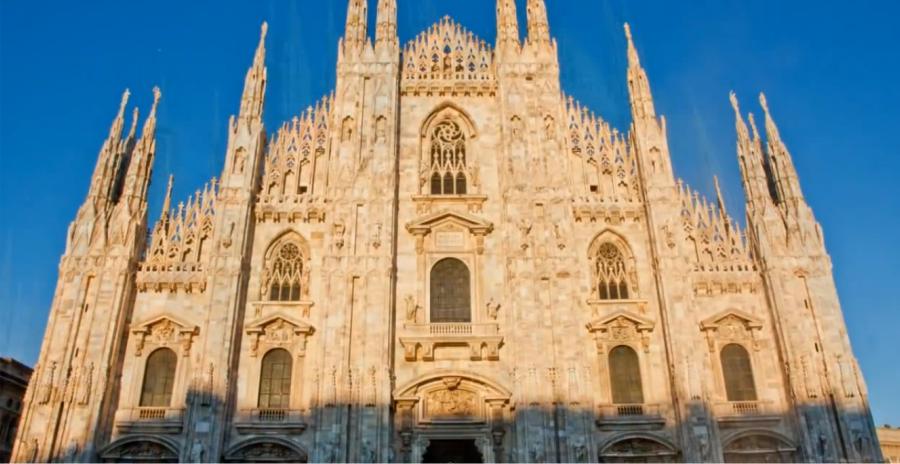 La cosmopolita Milán, capital de la moda y la bella arquitectura http://www.enviajes.com/italia/que-visitar-en-la-ciudad-de-milan.html