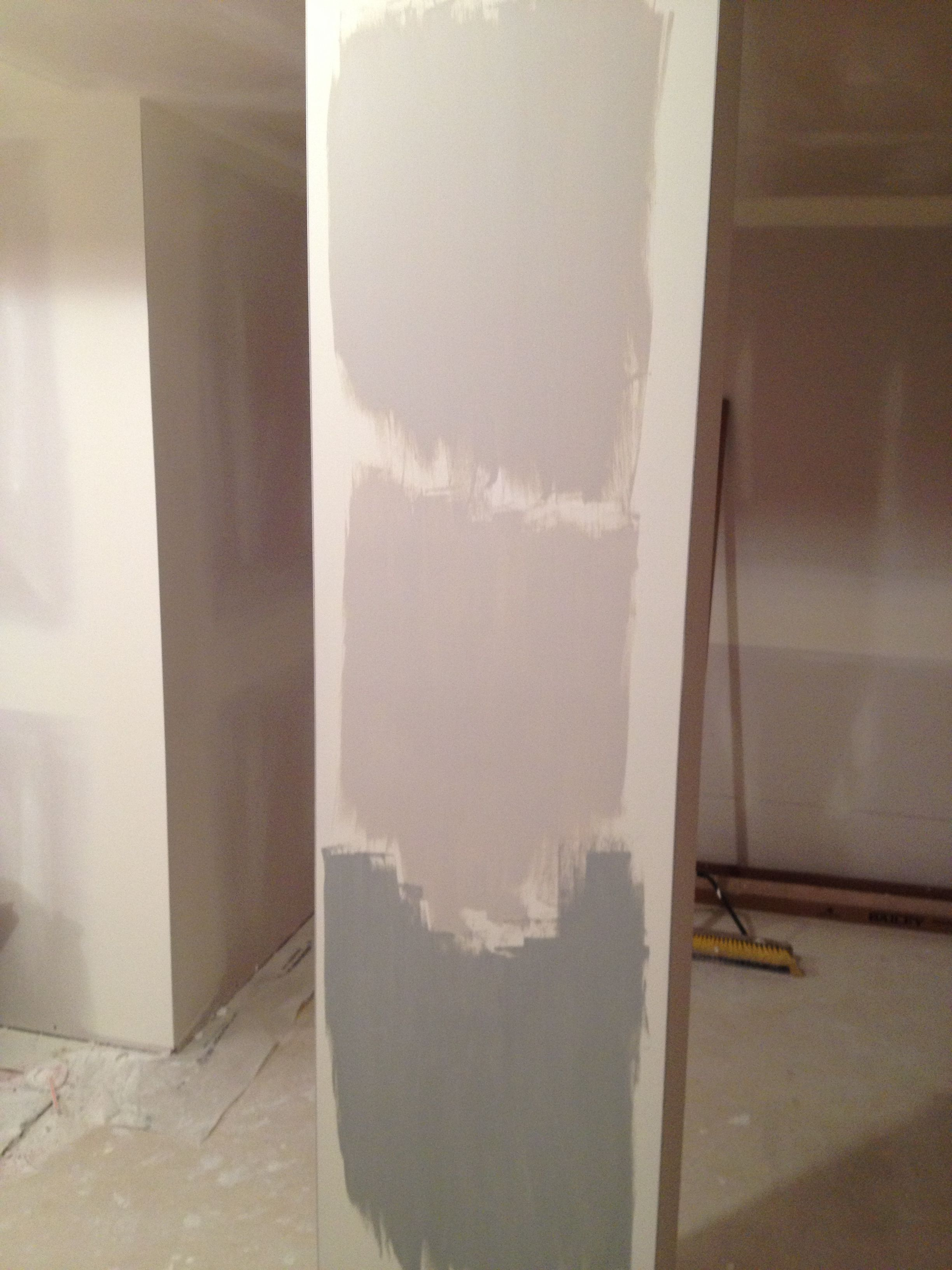 Paint colors contemporary living room benjamin moore abalone - Benjamin Moore Abalone Top Balboa Mist Middle Coventry Gray