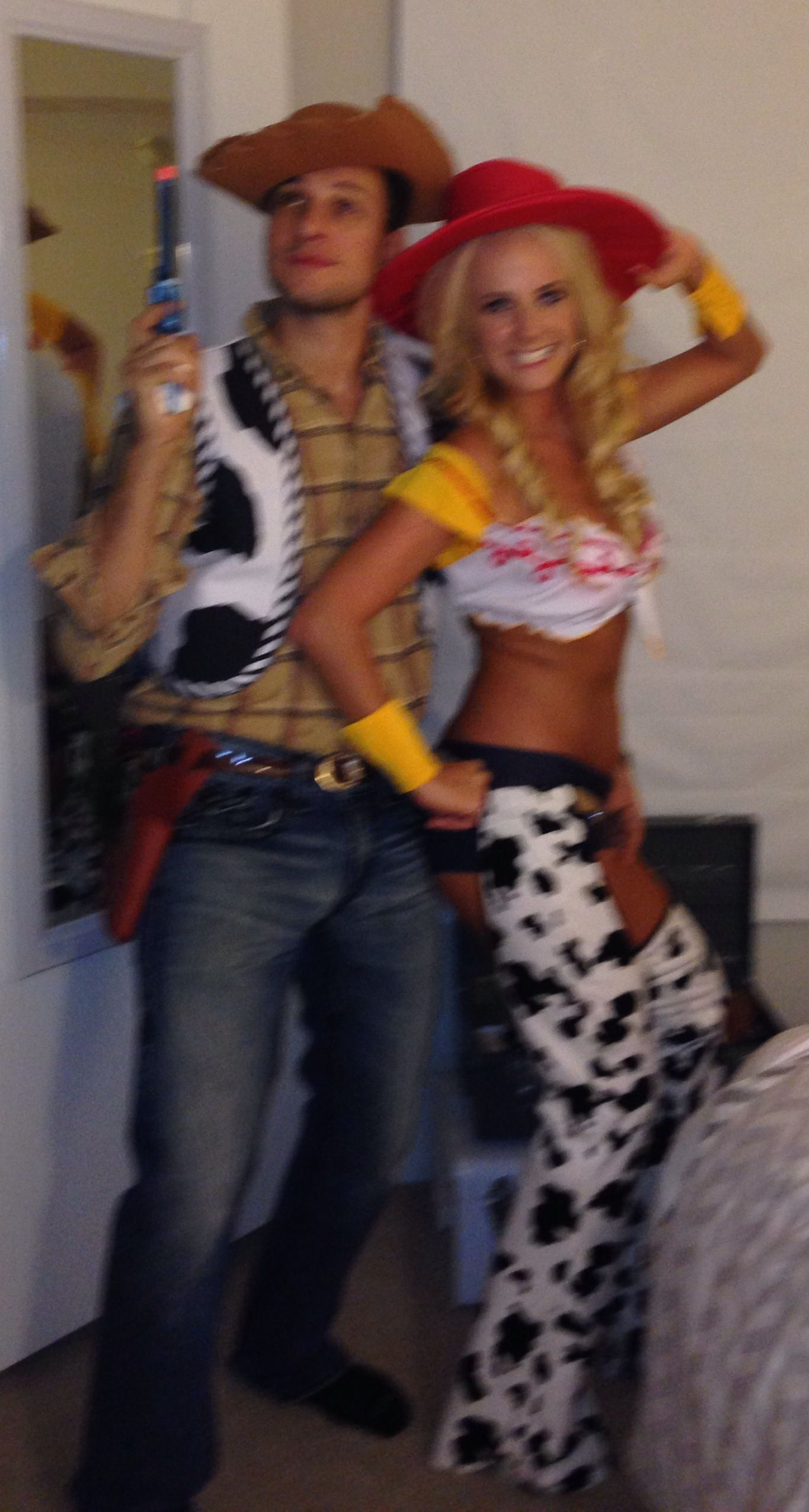 me & my boyfriend on halloween! Cute couples costume! Woody ...