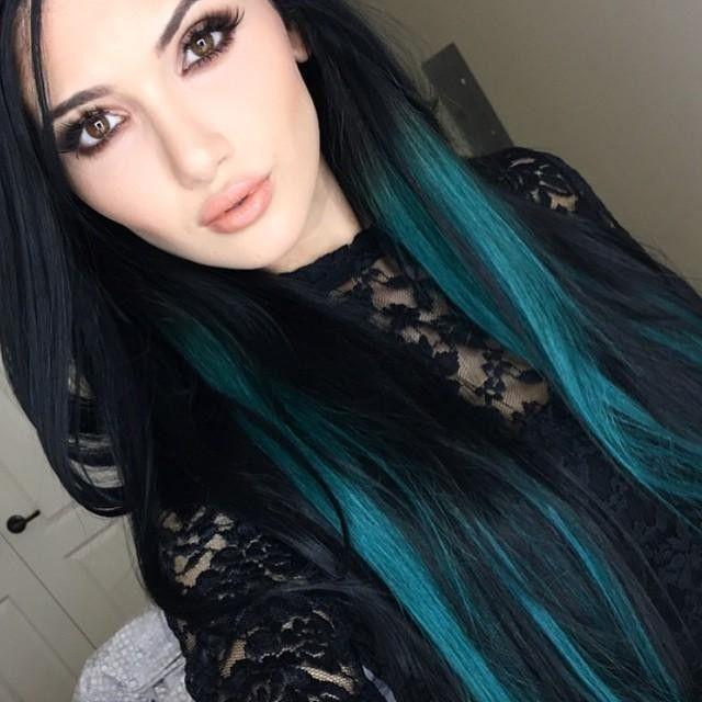 Feel The Teal Helmarose Rocking Her Bellamioffblackteal Ombre Kyliehairkouture Set Get A Free Set Of Mink Li Teal Hair Dye Teal Hair Color Turquoise Hair