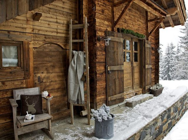 Snowy country cabin...looks so cozy