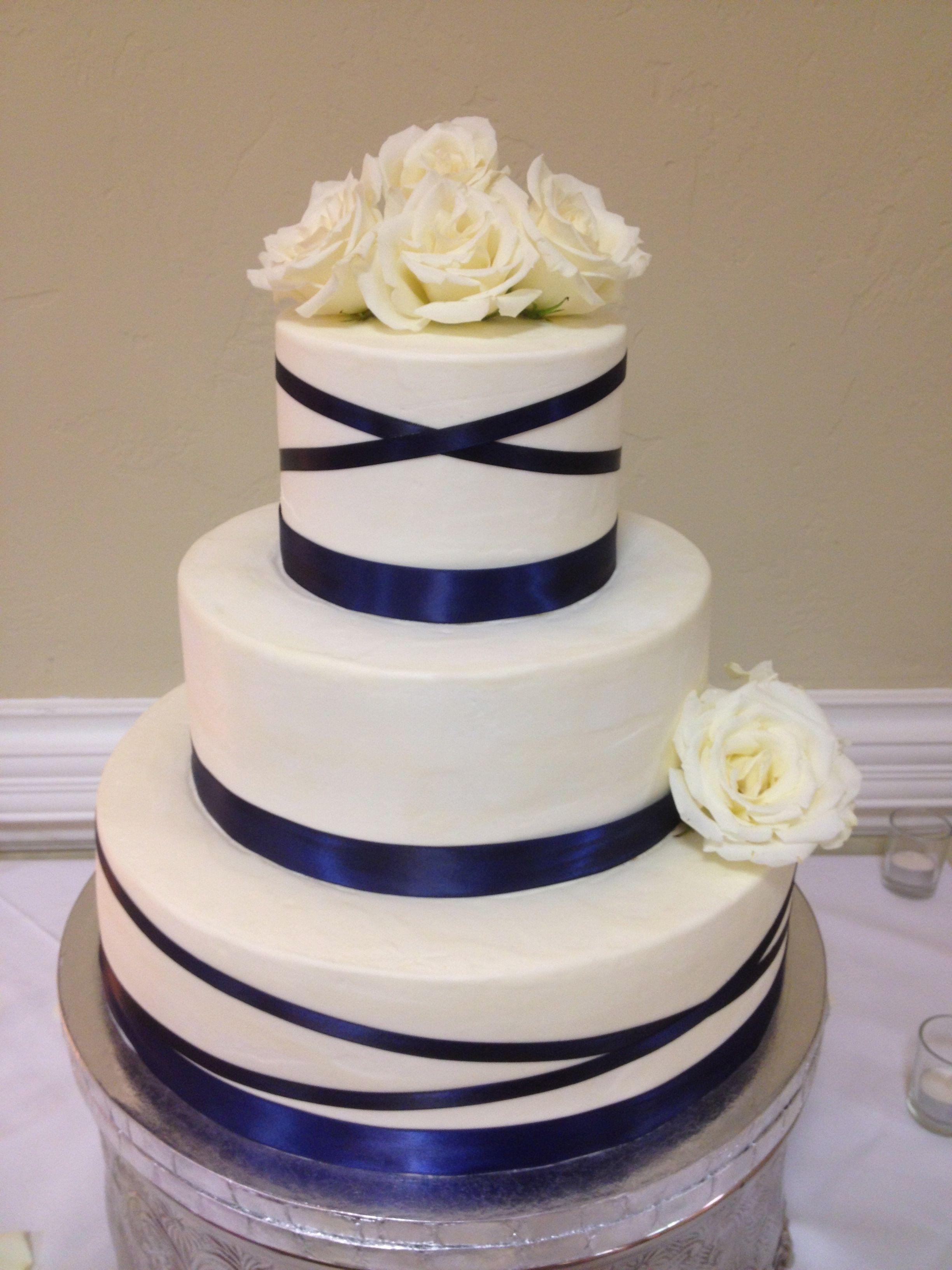 Buttercream Cake Fresh Flowers Wedding Cake Navy Blue