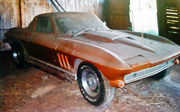 Family Project 1966 Corvette 427 Coupe Barn Finds Classic Cars Barn Find Cars Car Barn