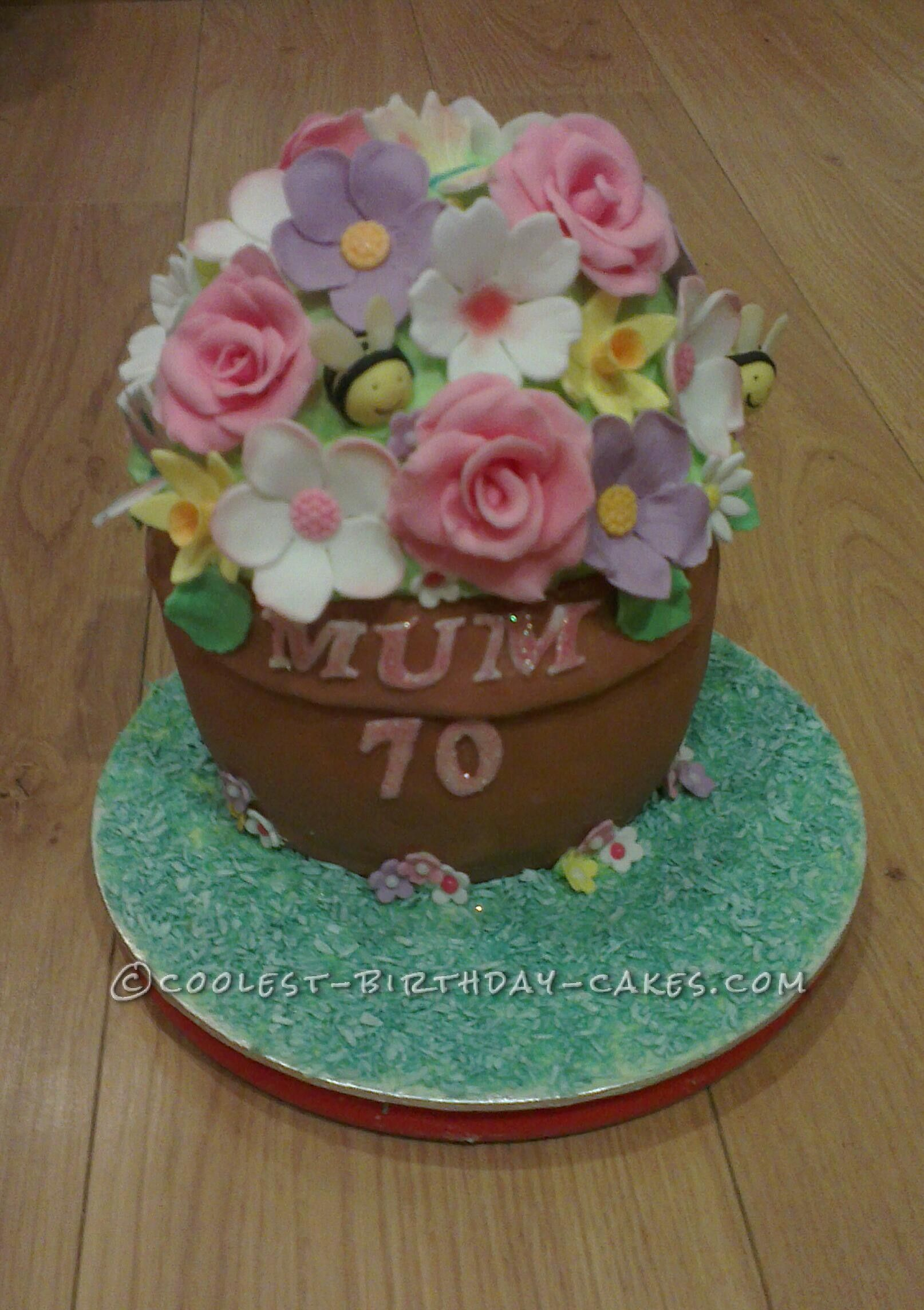 Coolest Flowerpot Cake... This website is the Pinterest of birthday cake ideas