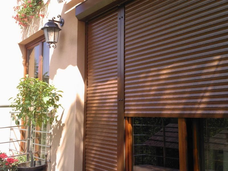 Brazowe Rolety Zewnetrzne Brown Anti Burglary Roller Blinds Blinds Security Shutters Shutter Doors