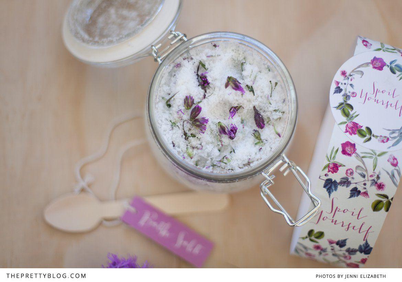 Purple floral bath salt packaging | FREE printable | Photographer: Jenni Elizabeth, Design: Nooi Creative