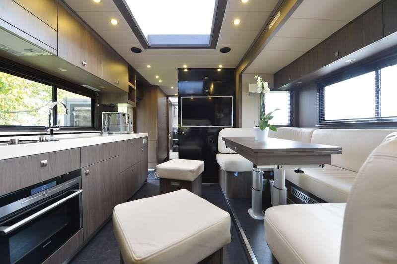 Mercedes Benz Rv >> Mercedes Actros Germany - STX Motorhomes   Motorhomes   MODERN   Motorhome, Truck interior, Rv ...