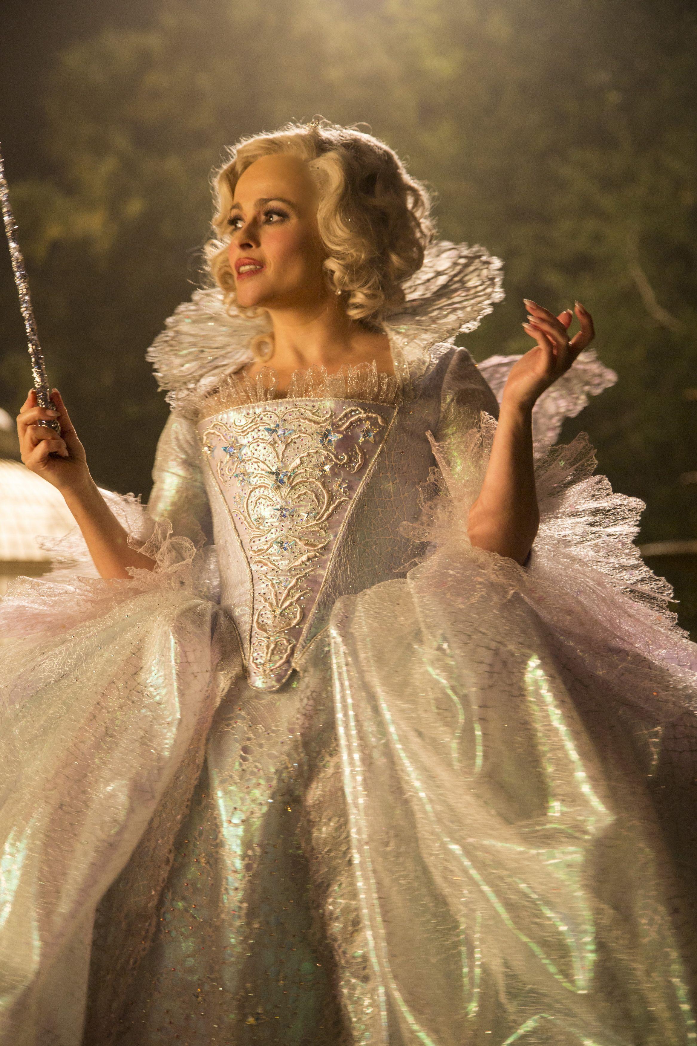 Cinderella 2015 51 Jpg Obrazek Jpeg 2333 3500 Pikseli Skala 26 Cinderella Costume Cinderella Movie Cinderella Fairy Godmother