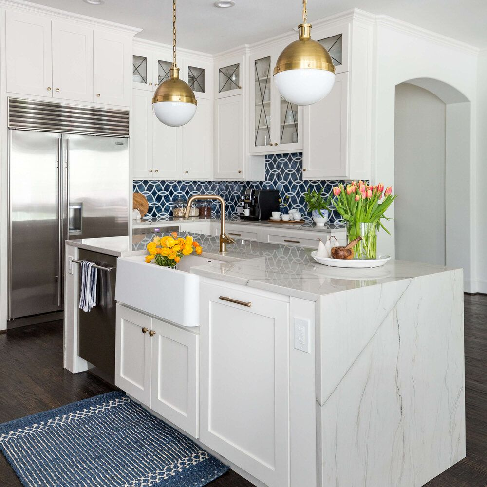 Kitchen Design Quick Tip High Bar Or Low Bar Which To Choose Designed In 2020 White Kitchen Remodeling Modern Kitchen Kitchen Remodel