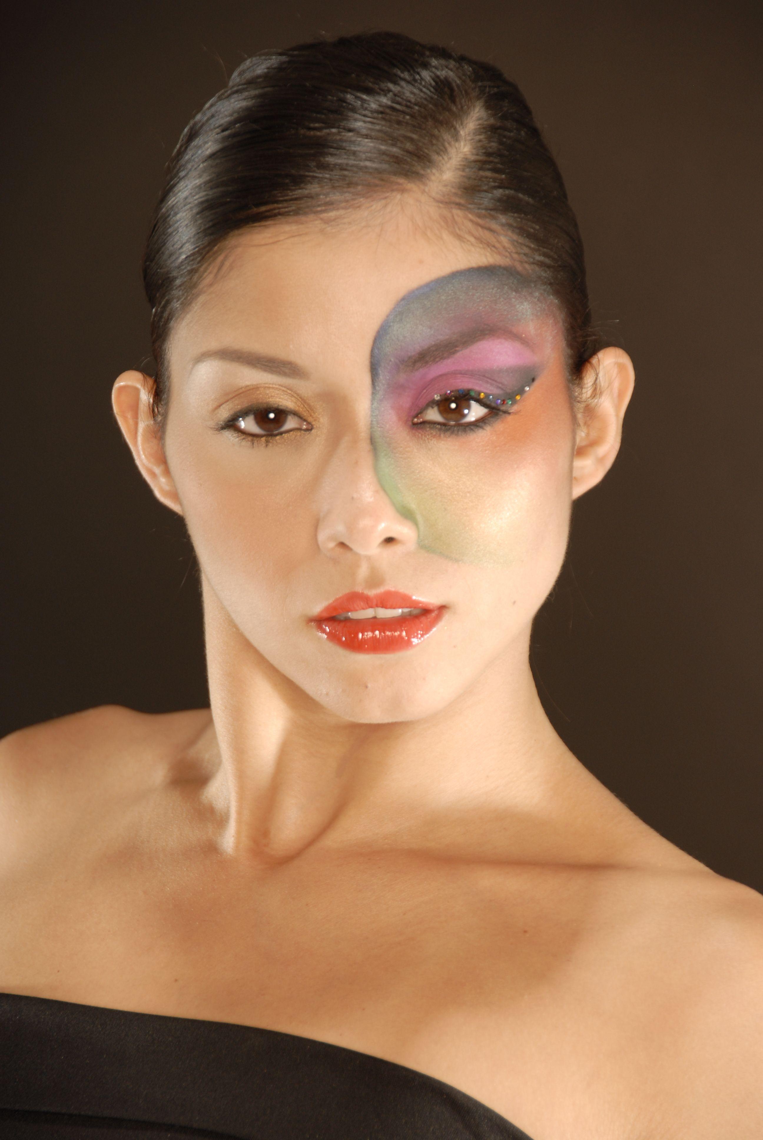 Stainglass? Fashion class, Carnival face paint, Makeup