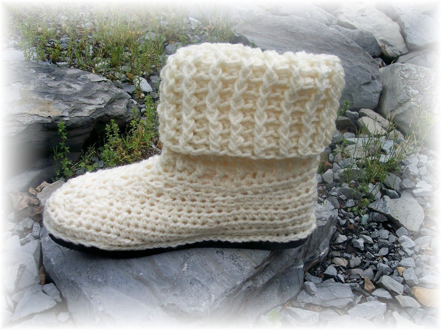 Free crochet shoe sole crochet pattern cuffed boots with rubber free crochet shoe sole crochet pattern cuffed boots with rubber sole and sewn in shoe bankloansurffo Image collections