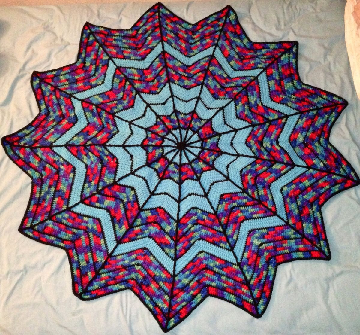 Crocheted Spider-Man web blanket | Spiderman blanket ...