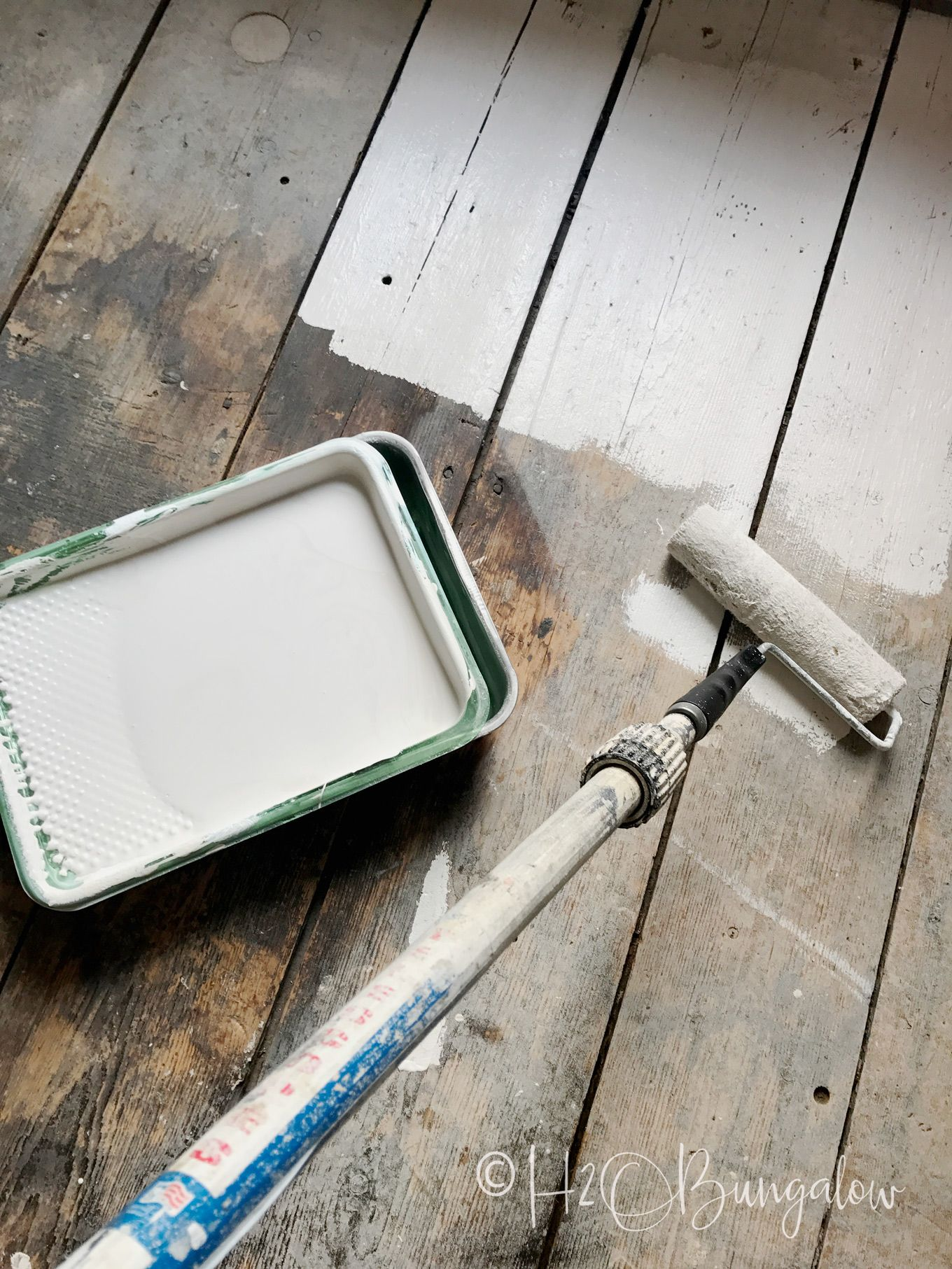 How to Paint Wood Floors Beautifully to Last is part of Painted wood floors, Painted hardwood floors, Wood floors, White wash wood floors, Kitchen flooring, Wood floor kitchen - DIY tutorial on how to paint wood floors with detailed instructions to prepare wood floors for painting, wood floor painting tips and best products to use