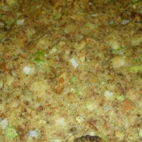 Old Fashioned Cornbread Dressing | I Heart Recipes #cornbreaddressing