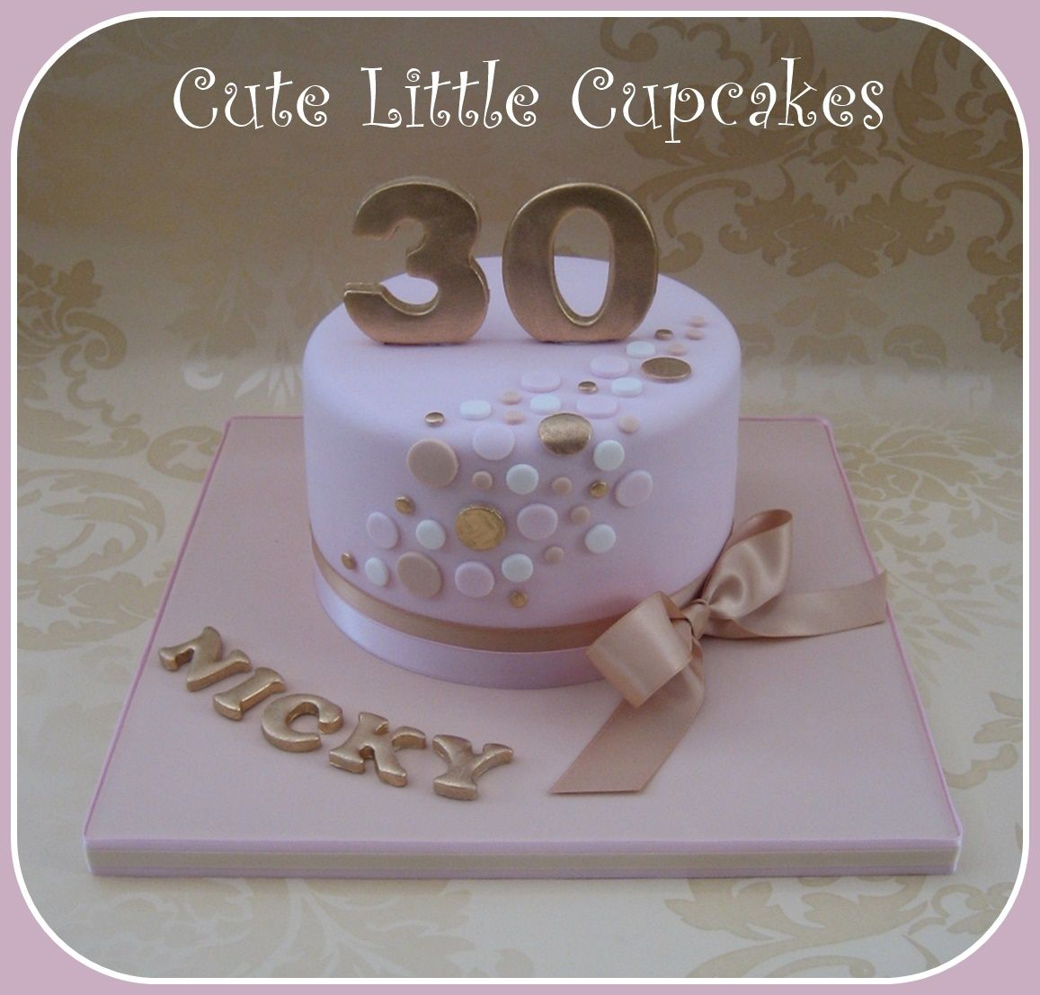 30th birthday cake in pastel pink beige gold bolos