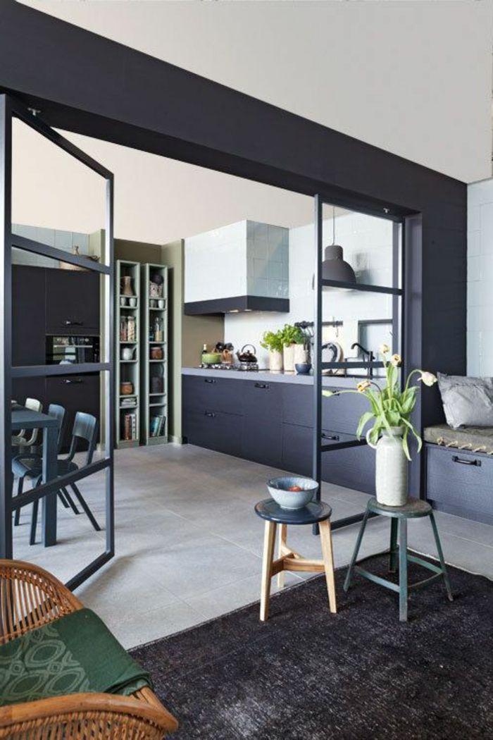 1001 ideen zum thema offene k che trennen haus pinterest schwarze teppiche esstisch holz. Black Bedroom Furniture Sets. Home Design Ideas
