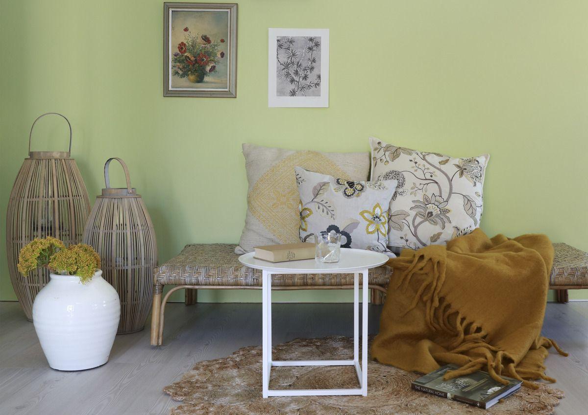 Nordisk stil: La deg inspirere av naturlige elementer, som treverk, rotting og naturlige lyskilder.