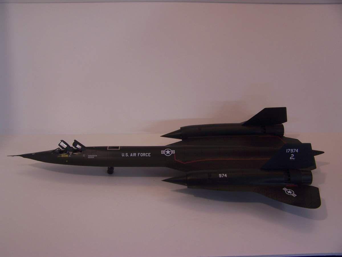 Testors 1 48 SR-71 Blackbird