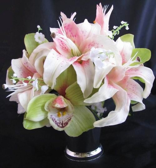 Floating Lily Centerpiece Ideas: Centerpiece Natural Touch Casablanca Lily Orchid