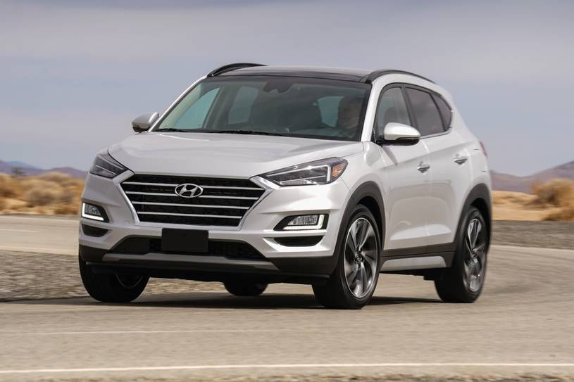 In The Crowded Crossover Market Some Of The Suv S Opt For Practicality Over Style Some Are Ultra Modern While Some A Hyundai Tucson Hyundai Best Compact Suv