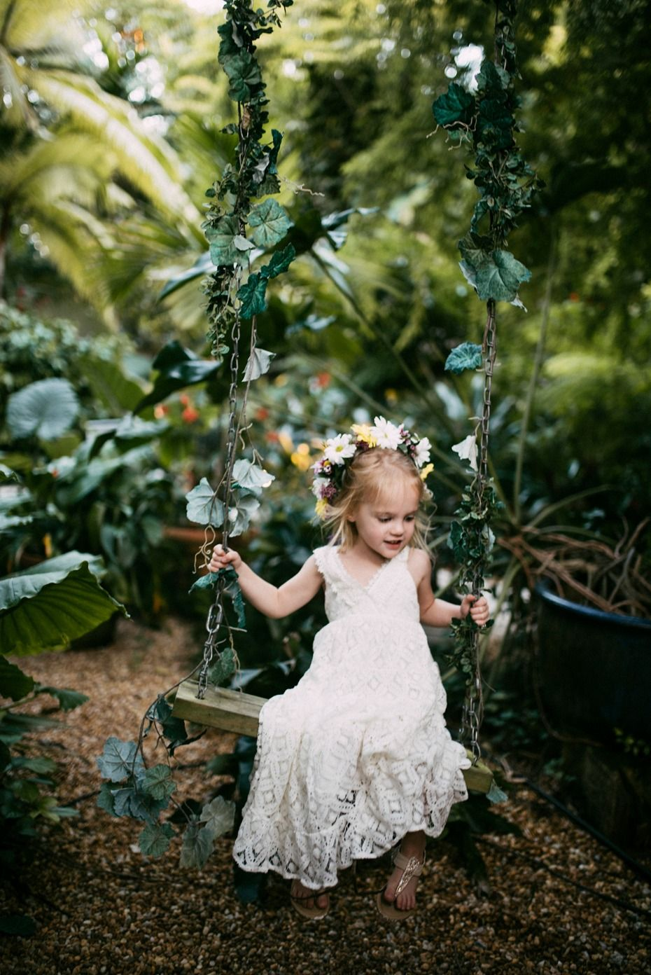 33e79b7b0 We Seriously Want To Steal This Bride's Amazing Style | Flower Girls ...