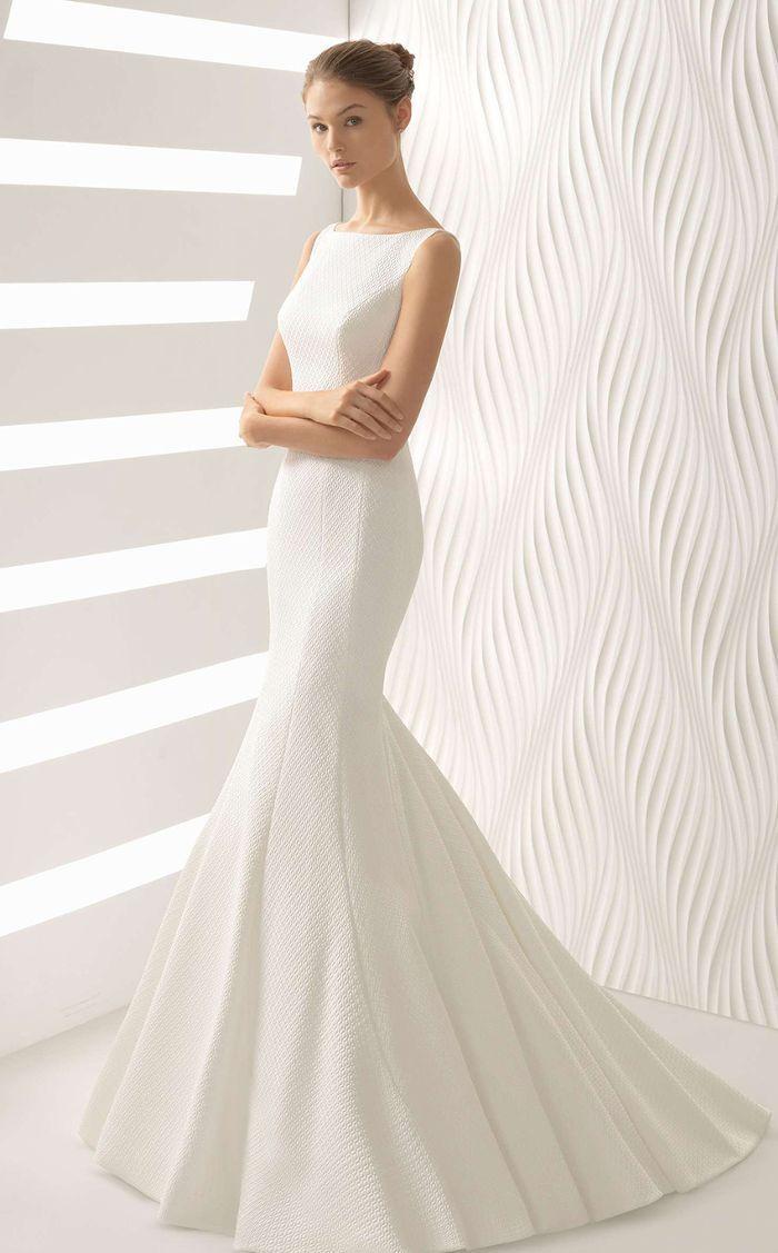 A bridal expert shares the wedding dress fabrics every bride should ...