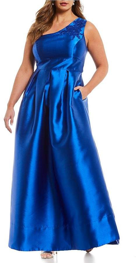 Plus size gowns. Disclosure: My pins are affiliate links ...