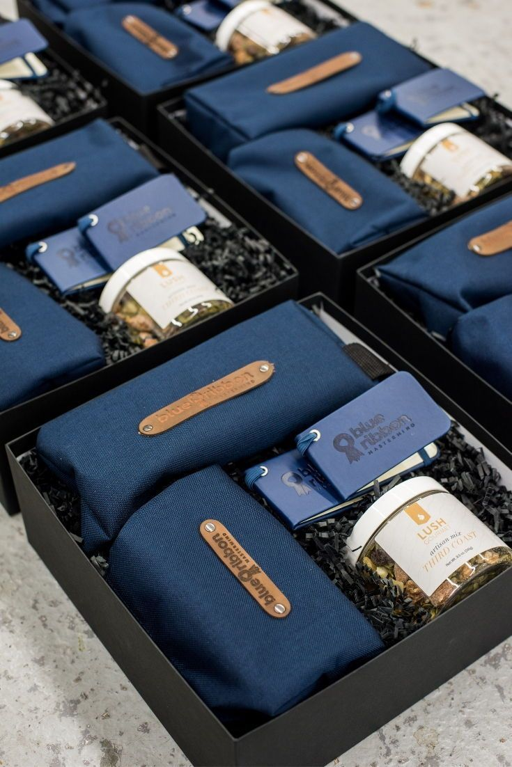 CORPORATE EVENT GIFTS// Blue and black company logo