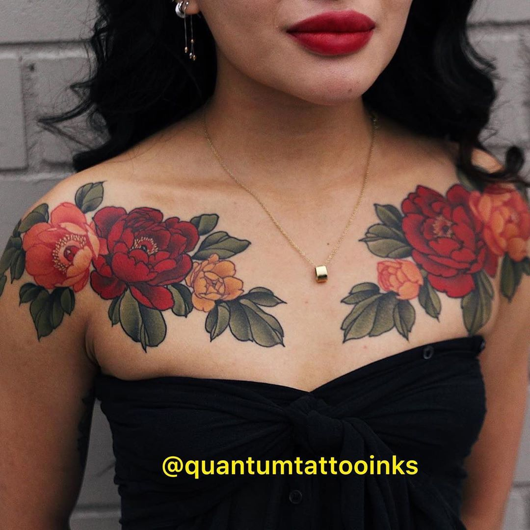 Yuuzflower All Perfectly Healed On Tanned Skin Yuuz Flower On Margot Quantumtattooinks Qu Floral Back Tattoos Red Flower Tattoos Traditional Rose Tattoos