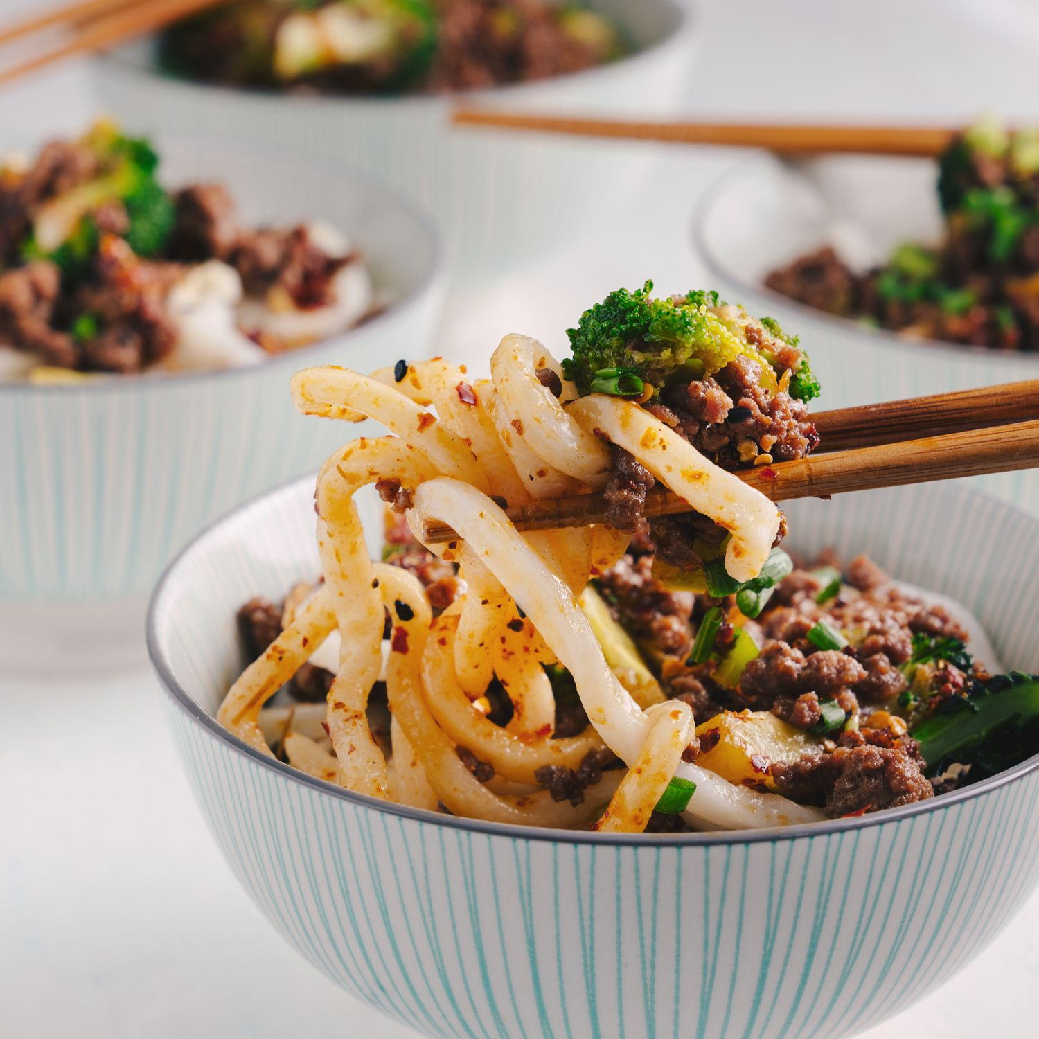 Beef Broccoli Noodles In 2020 Broccoli Beef Minced Beef Recipes Asian Recipes