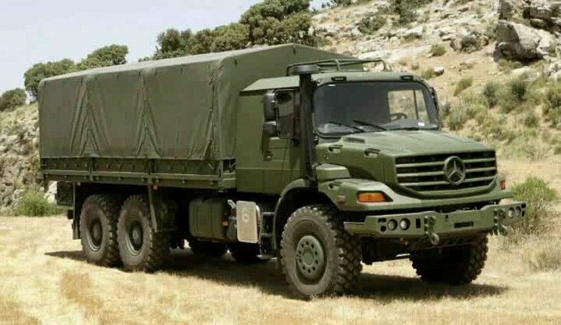 Mercedes Zetros Military 6x6 With Images Mercedes Truck