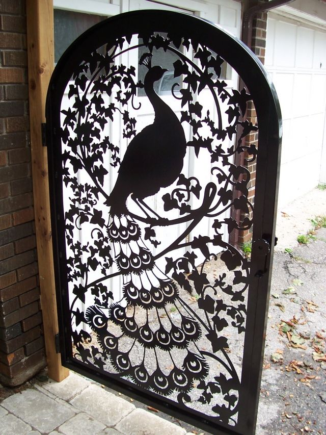 Peacock and Ivy Gate in Durham Ont httpwwwmetalartcreations