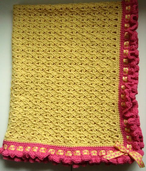 #crochet baby afghan. #Pattern for #edging here.