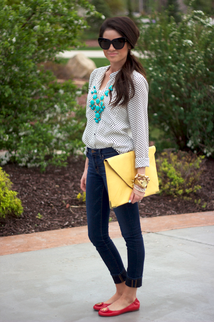 skinny jeans, polka dot blouse, bright shoes and necklace