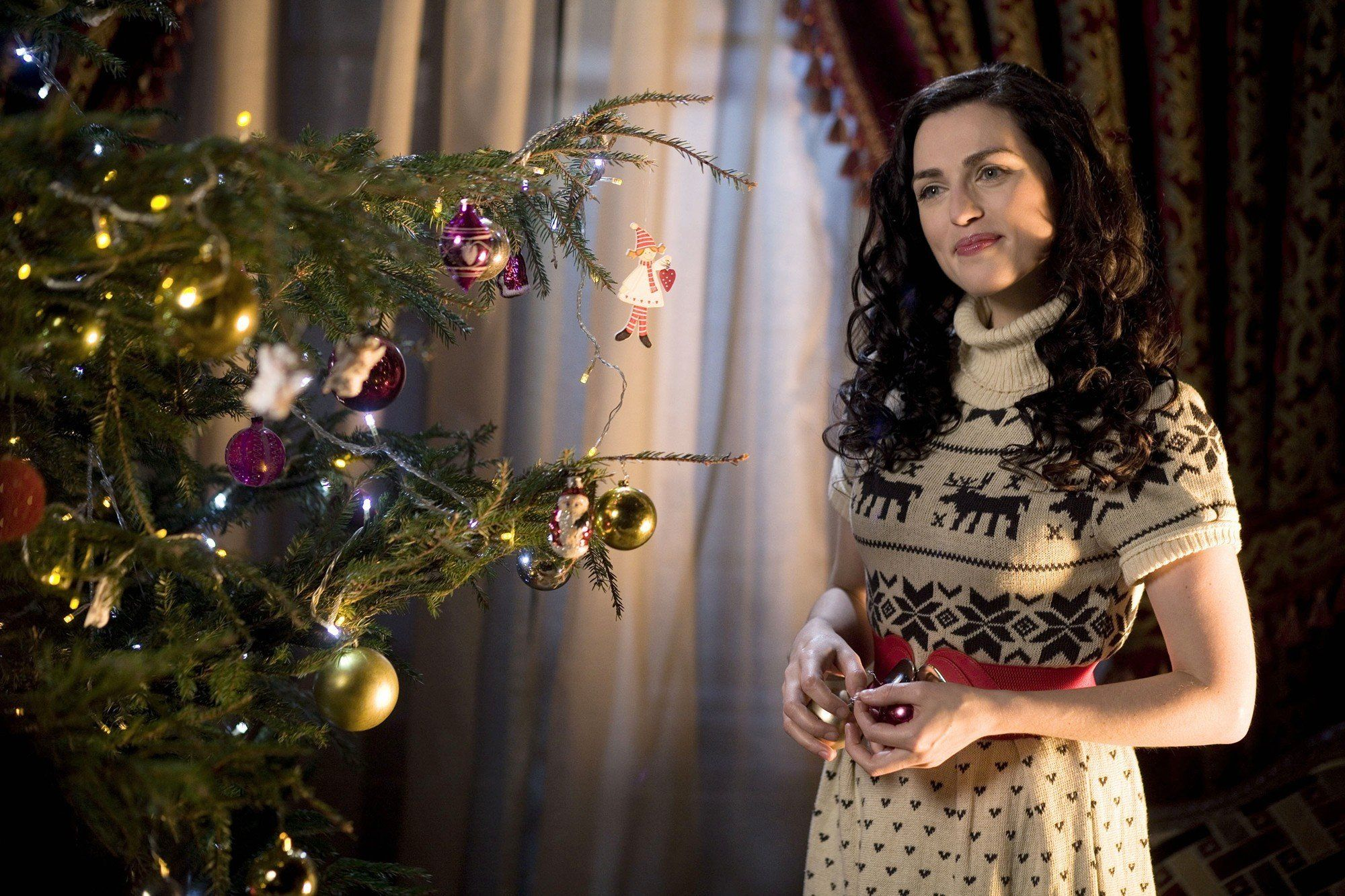 A Princess for Christmas - Katie McGrath | super folks in 2018 ...