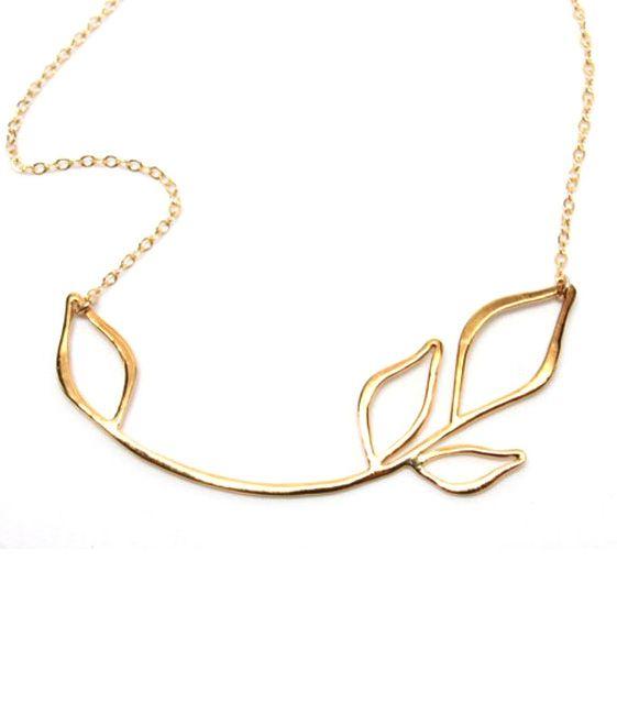 Leaf Necklace | http://uncovet.com/gold-floral-necklace?via=HardPin=type40