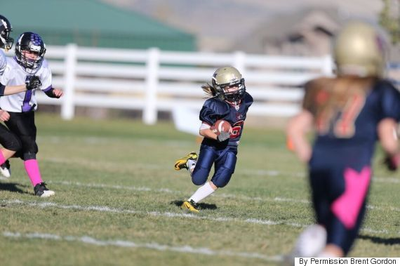 There S Going To Be A Tackle Football League For Little Girls In Utah Tackle Football Football Girls Girl Football Player