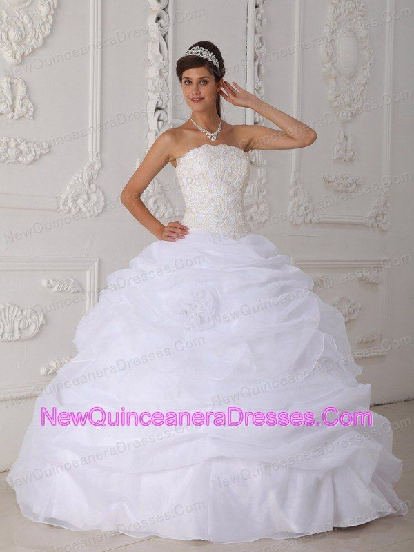 White Quinceanera Dress | WHITE Dresses | Pinterest | Vestidos de ...