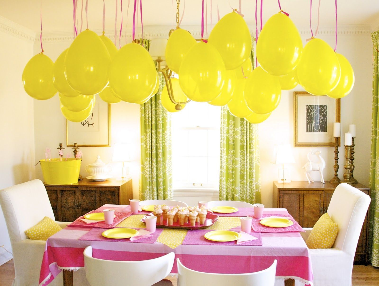 pink and yellow party - love the yellow balloons! | Party Ideas ...