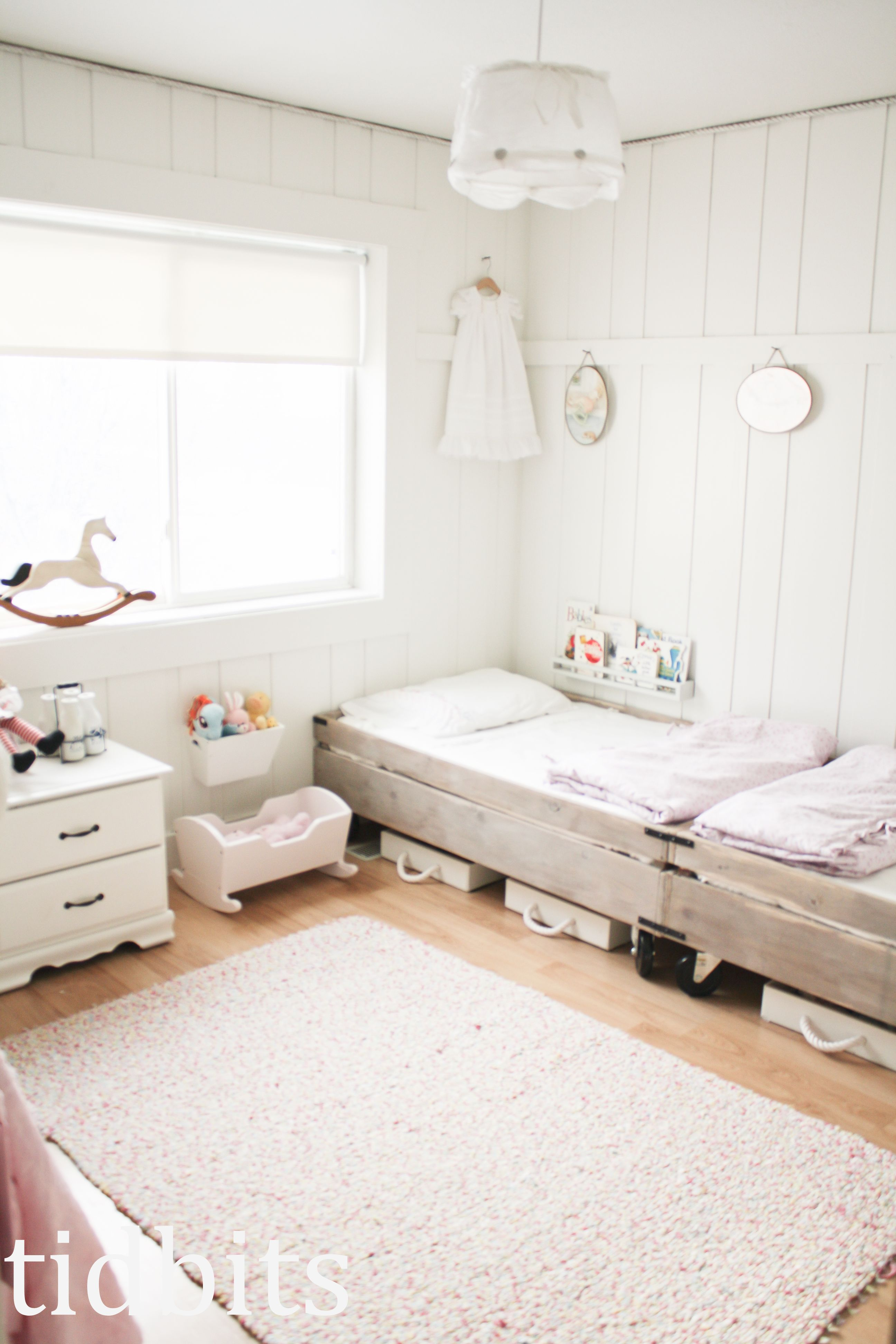Little Girls d Bedroom Small Space Makeover
