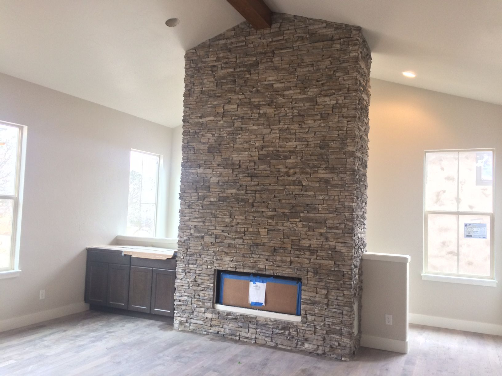 Great Room Cosmos Gas Fireplace With El Dorado Nantucket Stacked Stone To  Ceiling. Built