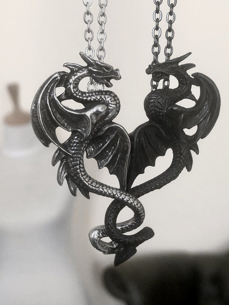 5 Lead Free Antique Silver Tone Pewter Charms Oriental Dragon