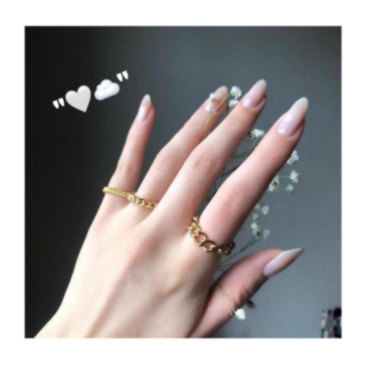 Pin By أمـ يࢪتۿۿـט On ايادي بنات كيوت Photo Ideas Girl Nails Arabian Art