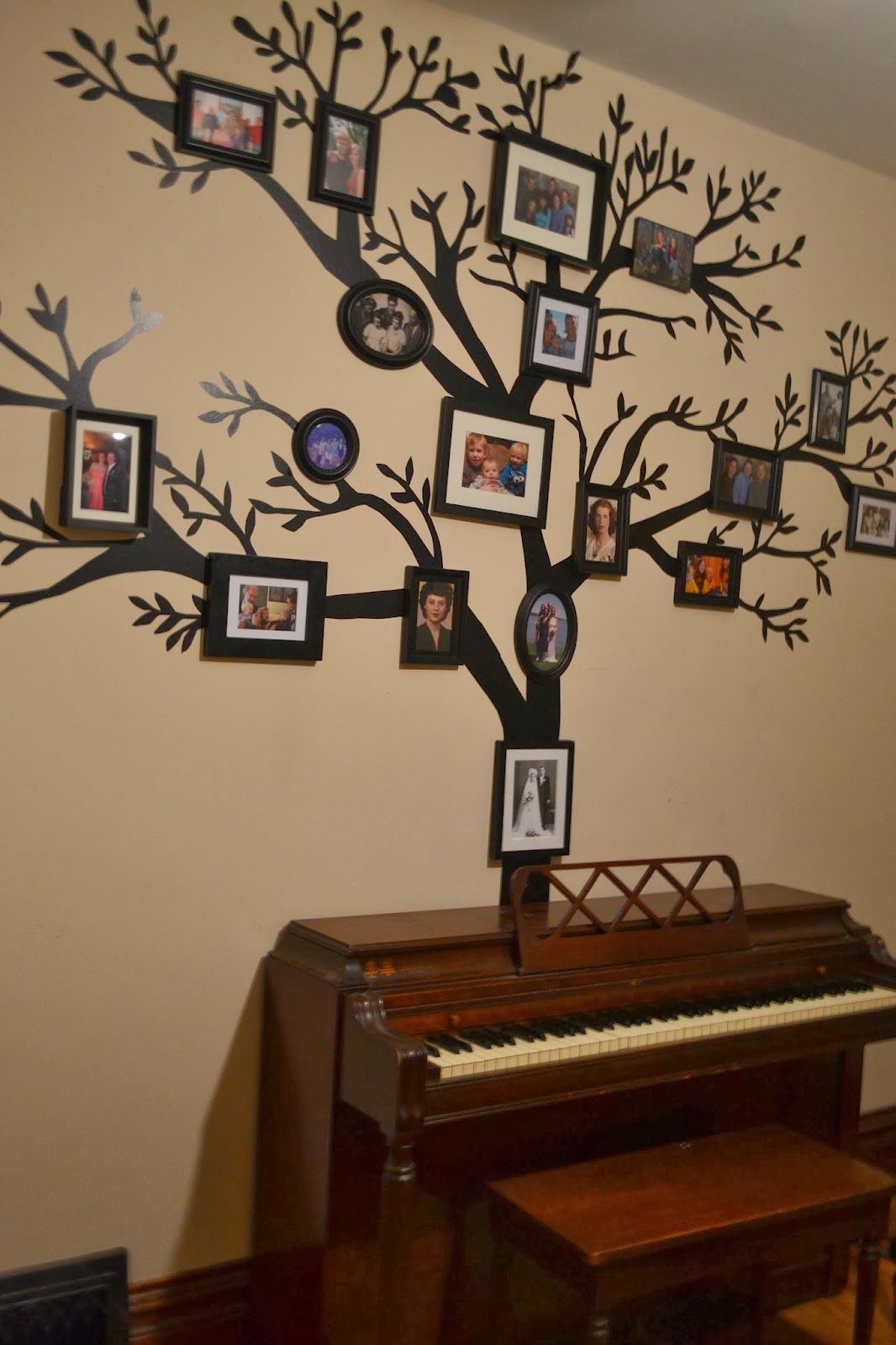 Picture frame family tree wall art tree decals trendy wall designs - Tutorial On How To Make A Removable Family Tree Wall Decal Out Of Black Contact Paper
