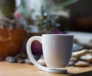 so cool! The Floating Mug