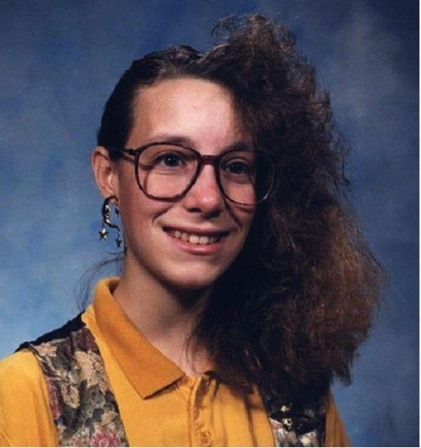 Die Schlimmsten Frisuren Aus Der Kindheit Kinder Haarschnitte Haarschnitt Ideen Und Frisuren