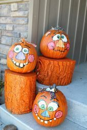Fall decoration funny pumpkins face paint log entrance # log # egg#Outdoor#decoration