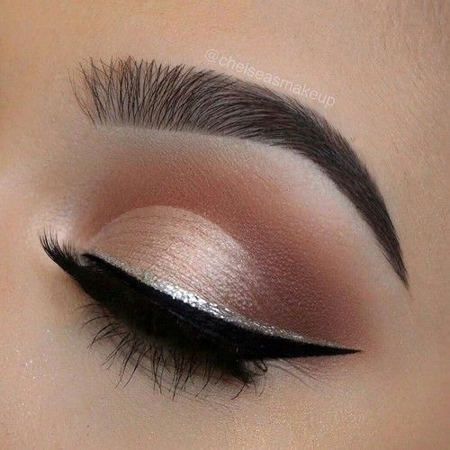 rose gold shimmer brown halo smokey eye silver winged eyeliner #Makeuplooks - http://beta-toptrendspint.whitejumpsuit.tk/ #goldeyeliner