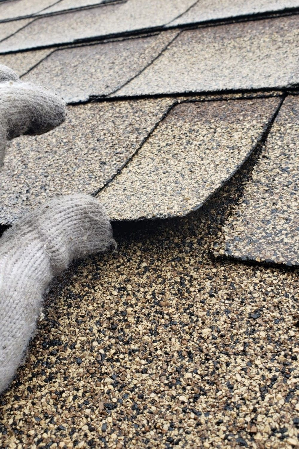 Affordable Quality Roof Repair Services In Mississauga From 199 Call Now In 2020 Roof Repair Roofing Specialists Gutter