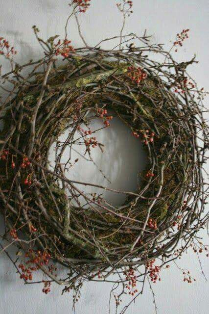 A natural homemade wreath for Christmas.